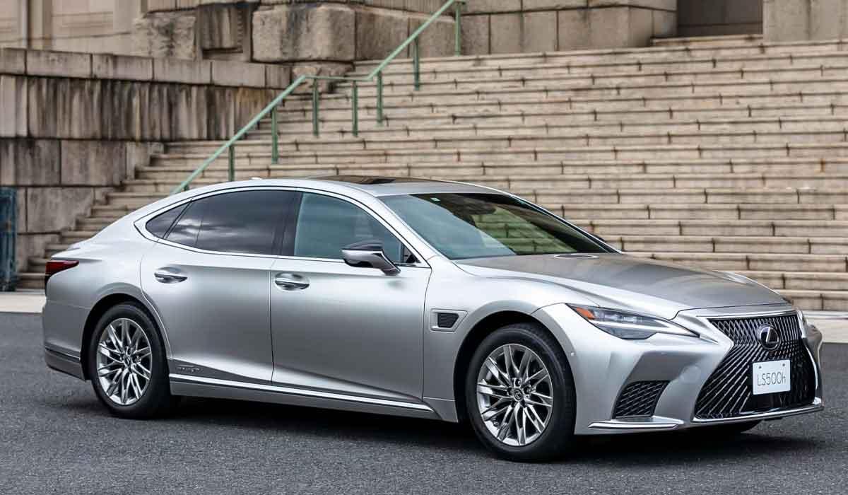 2022 Lexus LS